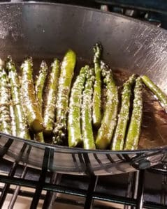 Cooking asparagus in the oven