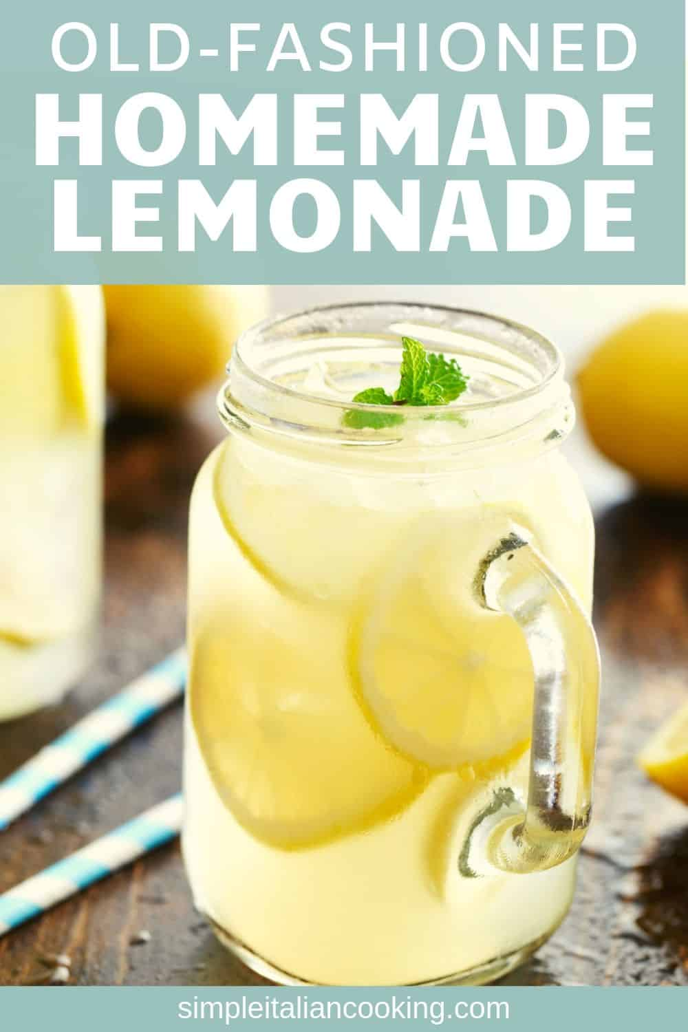Here\'s a fresh lemonade recipe by the glass and made from real lemons. Fresh squeezed lemonade is healthier, easier and tastes just like old fashioned traditional lemonade! This recipe has ZERO calories!  #freshsqueezedlemonade #freshlemonaderecipe #freshsqueezedlemonaderecipeeasy #easyfreshqueezedlemonade #easylemonaderecipe #summerdrinks