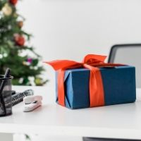 gift guide for coworkers